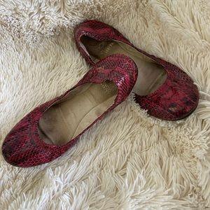 Vince Camuto Snake Skin Ballet Flats Size 36